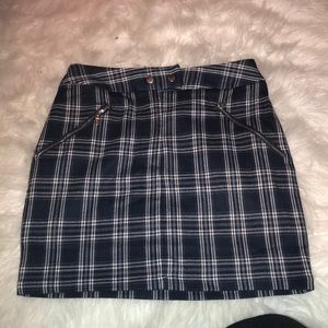 Fashion nova plaid mini skirt size small
